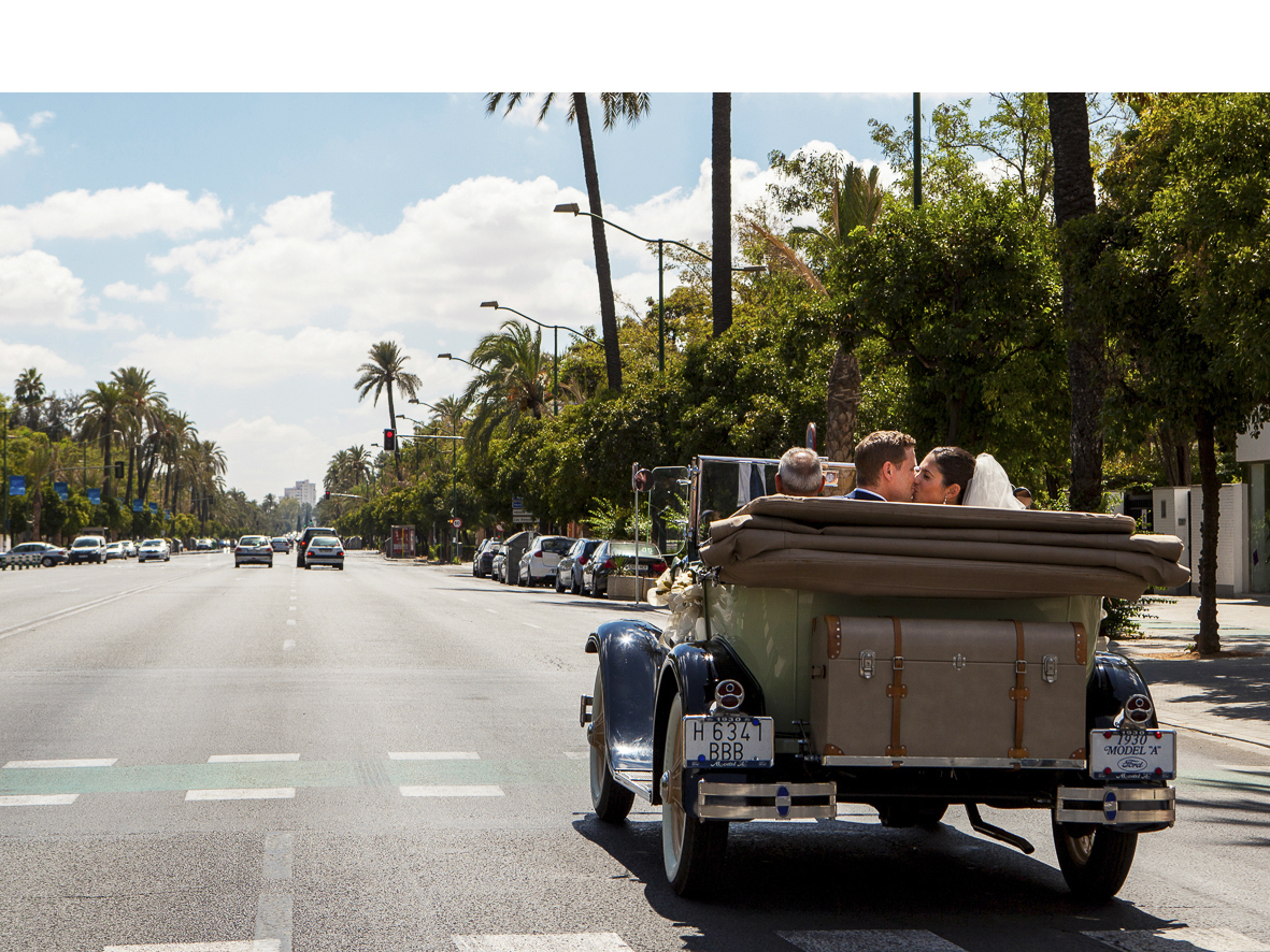 coche-antiguo-bodas